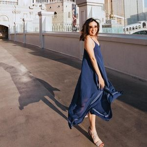 Dresses - Gorgeous blue summer dress